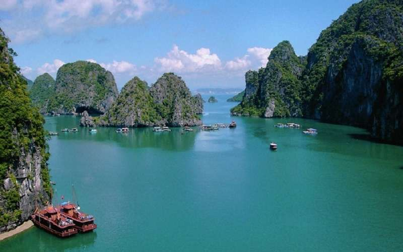 Tour Ha Noi - Tam Coc - Ha Long 4 Days